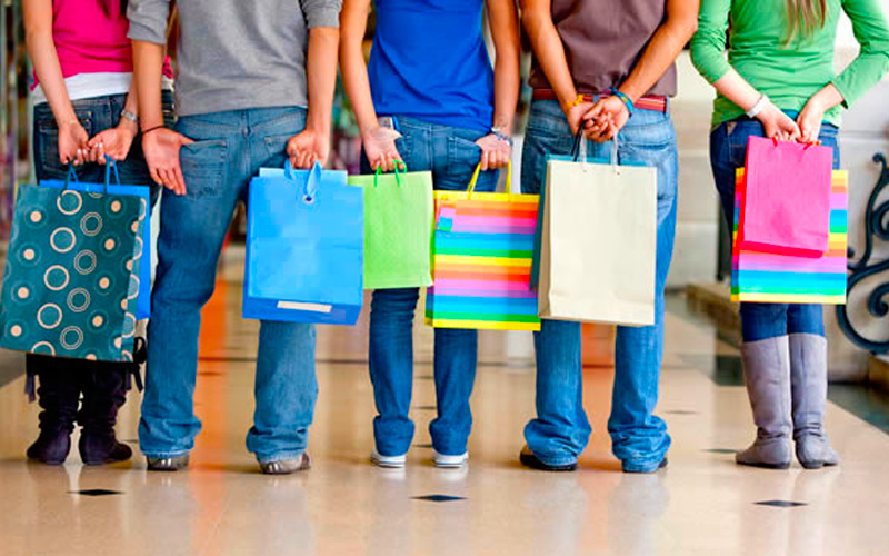 Diferencias entre compradores clientes y consumidores