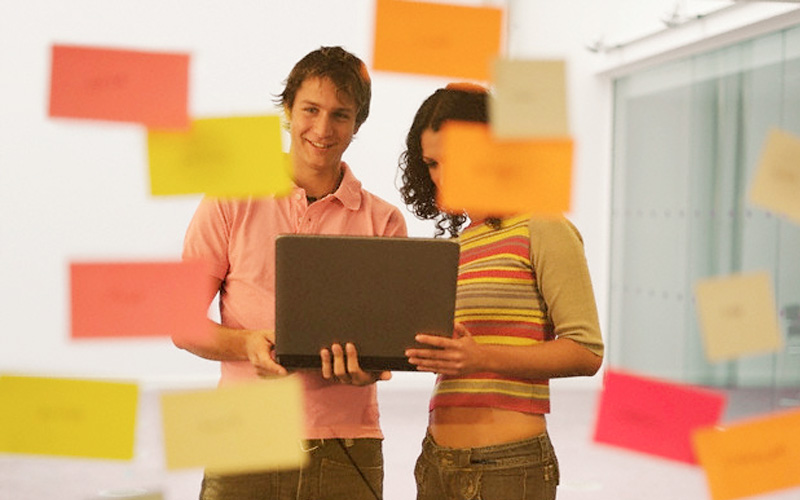 Encontrarle un sentido a las ideas es el primer paso para comprometerse con ellas - Overflow.pe