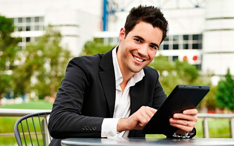Los emprendedores mueven el mundo entero con sus metas y visiones - Overflow.pe