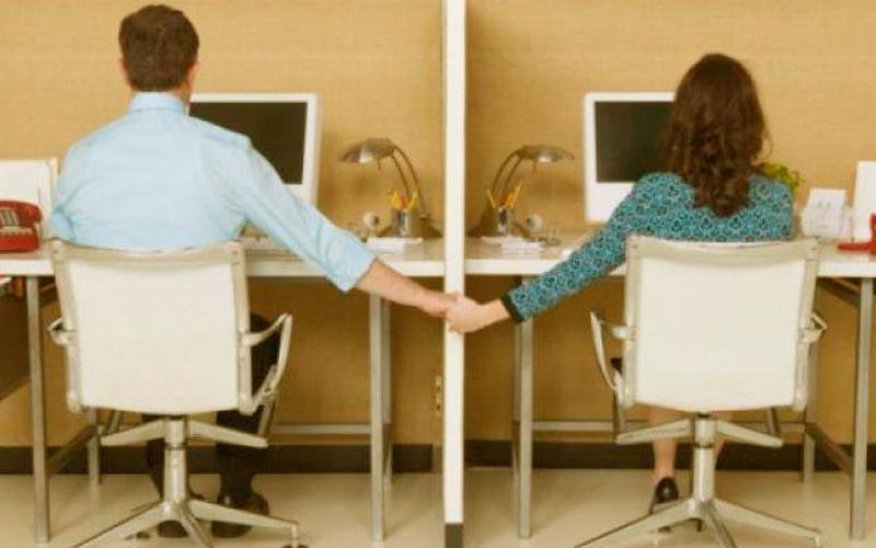 ¿Es buena idea mantener relaciones amorosas en el trabajo?
