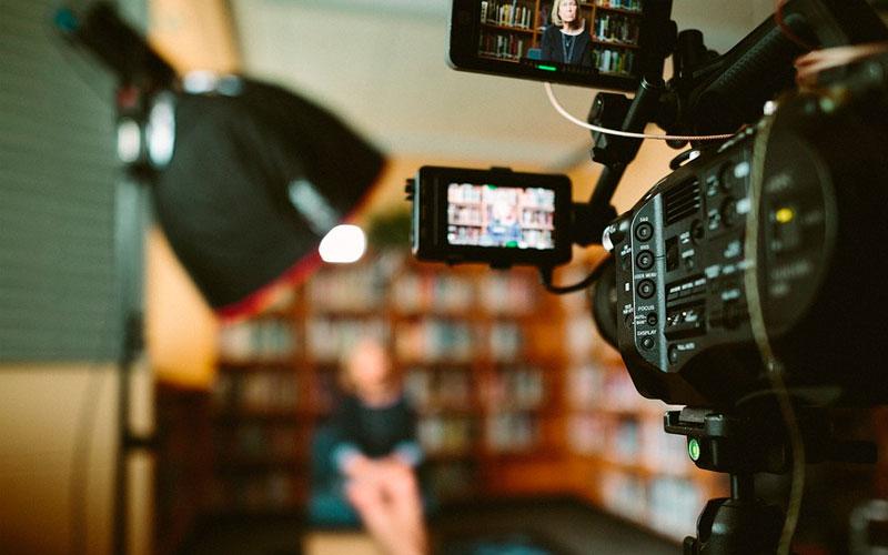 Producción de fotografía y vídeo para difundir, vender o presentar - Overflow.pe