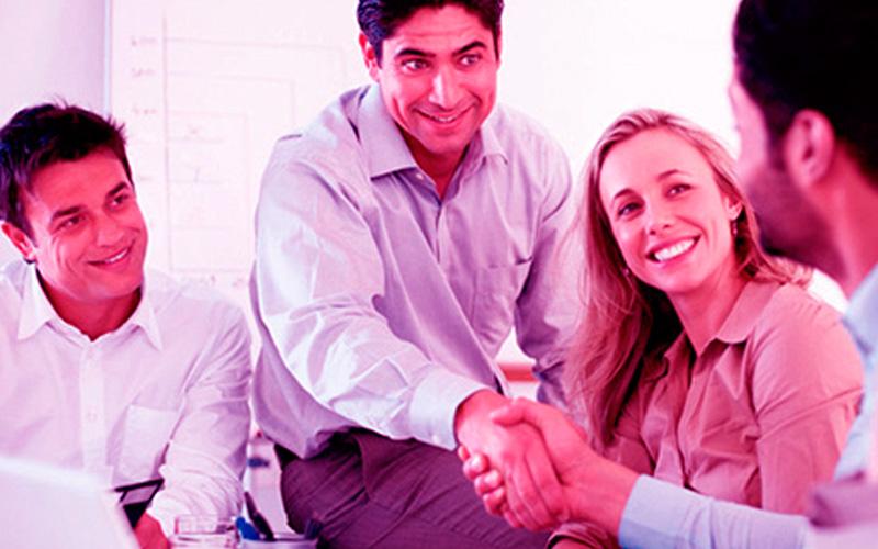 El sueldo del emprendedor es justo porque en su negocio ocupa el cargo de Gerente General - Overflow.pe