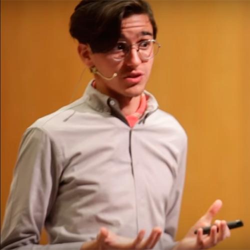 Francisco Del Villar - Ni millonario ni jefe ¿por qué emprender? - Video recomendado en Overflow.pe