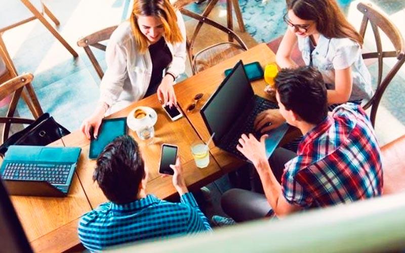 Usar tu cafetería favorita como tu oficina - Overflow.pe