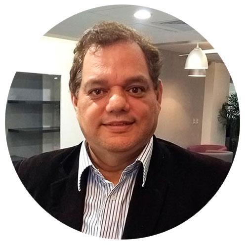 Juan José Blossiers - Director Legal Overflow Emprende - Abogado Especialista en Derecho Comercial