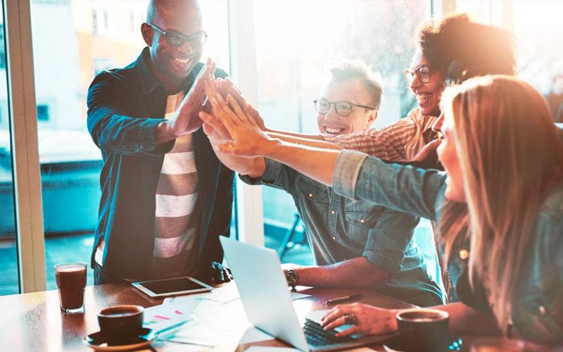 La Cultura de Negocios en los Estados Unidos se orienta al cliente y la calidad - Overflow.pe