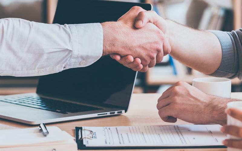 El cliente se beneficia con la aplicación de las tácticas de ventas aplicadas por los vendedores - Overflow.pe