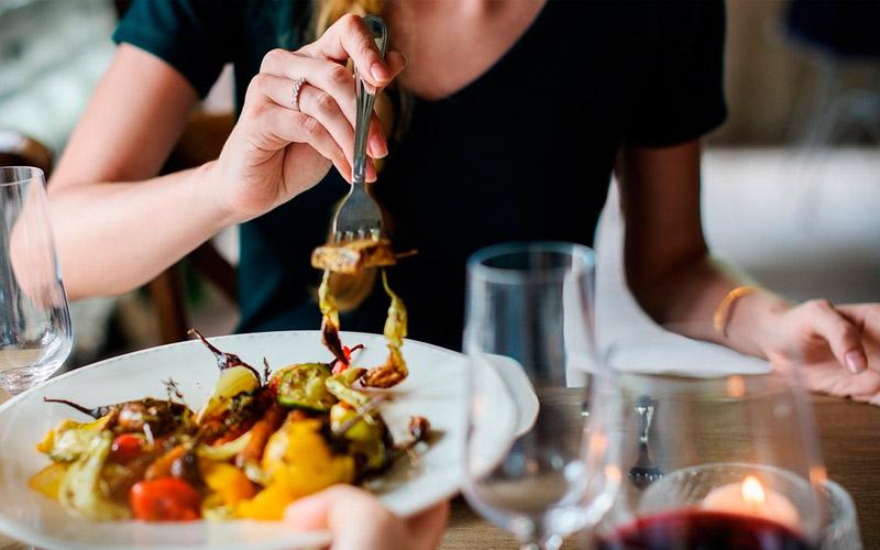 Los negocios culinarios necesitan de una buena gestión integral - Overflow.pe