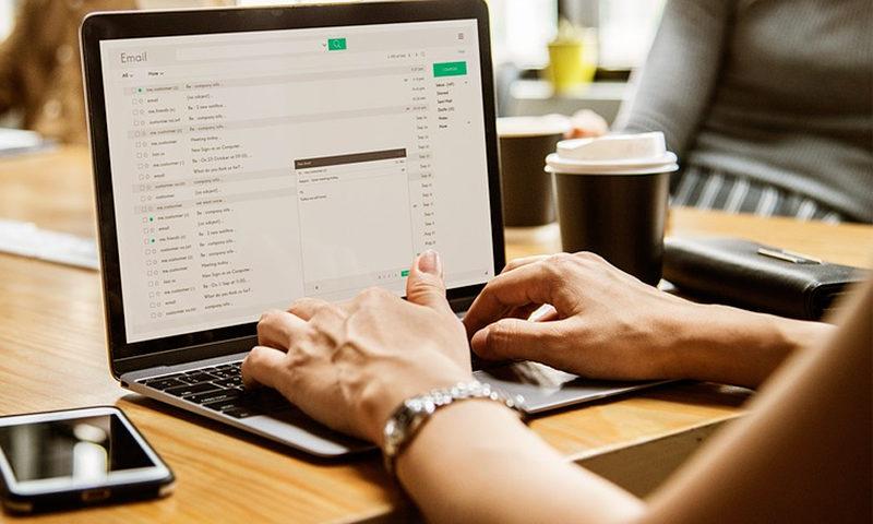 El correo electrónico aún sirve en un mundo de redes sociales - Overflow.pe