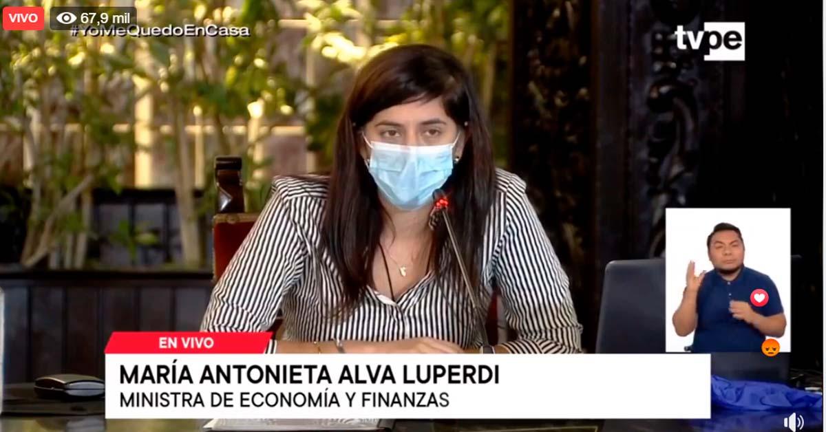 Ministra de Economía María Antonieta Alva Luperdi
