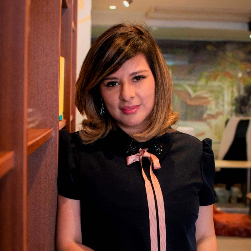 Mayra Castillo - Estratega en Comunicación - Invitada Overflow Emprende