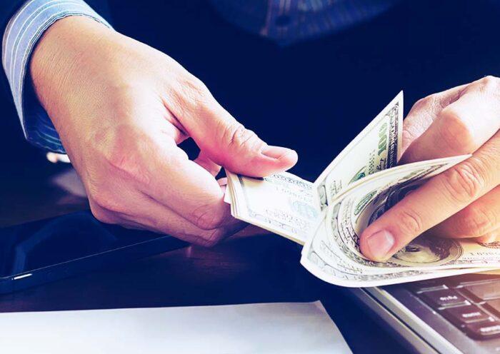 Que el dinero no te cambie - Frase de impacto - Overflow.pe